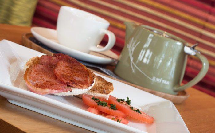 Bacon sandwiches and a pot of Suki Tea